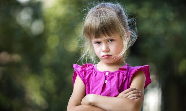 Κακόκεφο παιδί: Χρήσιμες συμβουλές για να το αντιμετωπίσετε