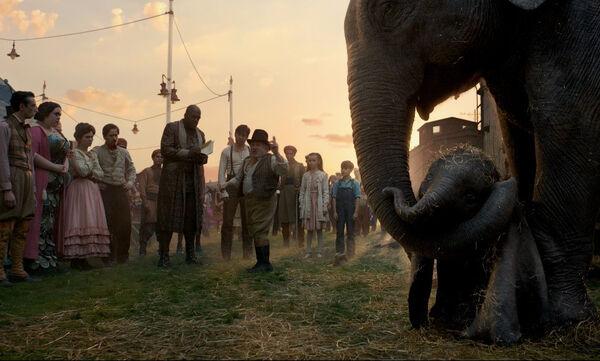 Κέρδισε μία διπλή πρόσκληση για τη φαντασμαγορική ταινία της Disney «Dumbo»!