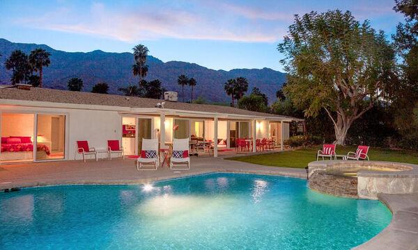 Αυτό είναι το καταπληκτικό εξοχικό σπίτι του Walt Disney στο Palm Springs! (pics)