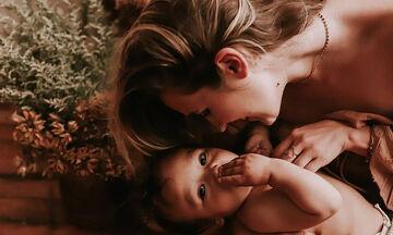 Οι πρώτοι μήνες της μητρότητας είναι η πιο όμορφη περίοδος (pics)
