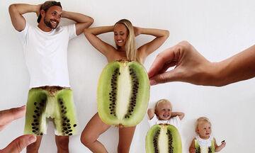 Ντύνονται φρούτα και λαχανικά και φωτογραφίζονται – Δείτε αυτή την απίθανη οικογένεια! (pics)