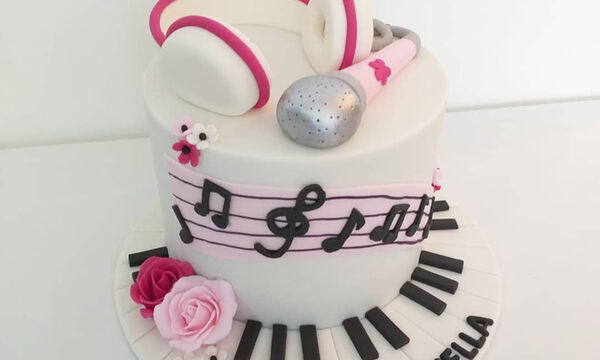 Τούρτες γενεθλίων για τα παιδιά που αγαπούν τη μουσική (pics)
