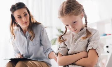 Πώς να βοηθήσετε το παιδί να έχει το θάρρος της γνώμης του;