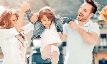 Μεγαλώνοντας σαν μοναχοπαίδι: Πλεονεκτήματα και μειονεκτήματα