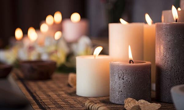 Πώς να καθαρίσετε το λιωμένο κερί από τα ρούχα σας