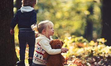 Επτά συμβουλές για να κάνουν τα παιδιά σας φίλους