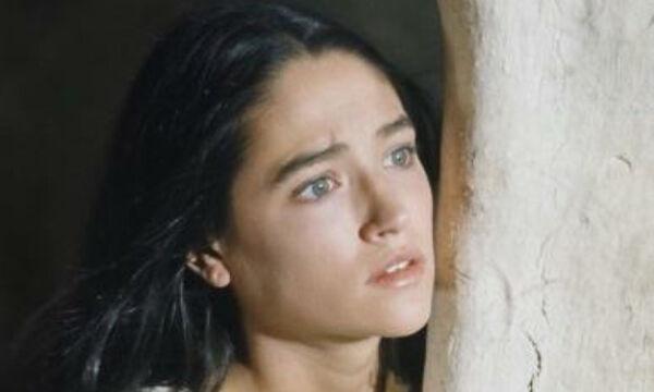 Olivia Hussey: Η «Παναγία» από τη σειρά «Ιησούς από τη Ναζαρέτ» είναι σήμερα μια ετυχισμένη γιαγιά