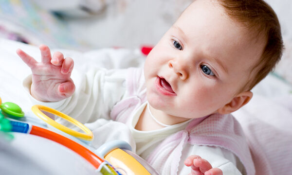 Δώρο για νεογέννητο: Βρεφικό παιχνίδι κύλινδρος με καθρέφτη