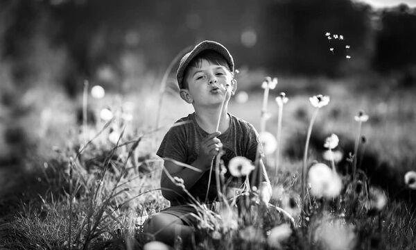 Φωτογραφίες παιδιών σε άσπρο – μαύρο: Θα σας δημιουργήσουν μοναδικά συναισθήματα (pics)