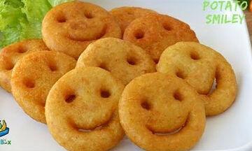 Συνταγή: Χαμογελαστές, τηγανιτές πατάτες – Τα παιδιά θα ξετρελαθούν! (vid)