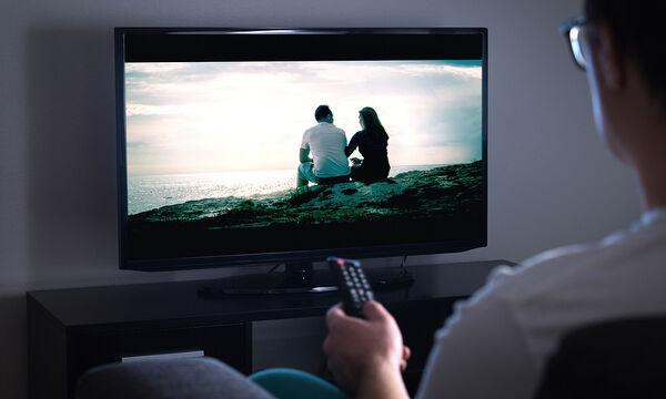 Πώς να καθαρίσετε την επίπεδη οθόνη της τηλεόρασής σας