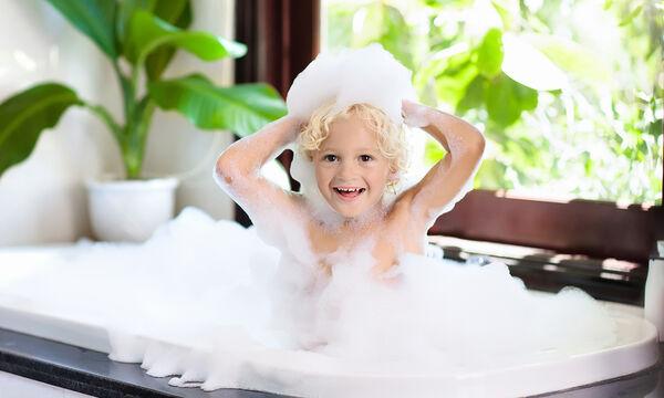 Δεν φαντάζεστε τι μπορείτε να καθαρίσετε με το παιδικό σαμπουάν