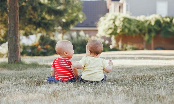 Πότε λένε τις πρώτες φράσεις τα μωρά; Ασκήσεις για να μιλήσει το μωρό