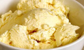 Πανεύκολο παγωτό βανίλια με δύο μόνο υλικά (vid)