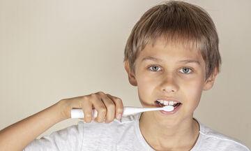 Ηλεκτρική οδοντόβουρτσα: Είναι καλή επιλογή για τη φροντίδα των δοντιών;