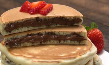 Γεμιστά pancakes με πραλίνα φουντουκιού - Ό,τι πιο νόστιμο θα φτιάξετε σήμερα (εικόνες βήμα-βήμα)