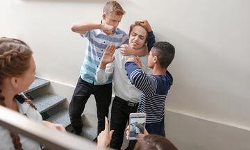 Τι είναι ο εκφοβισμός - bullying και τι πρέπει να κάνουν οι γονείς;
