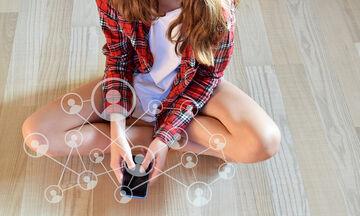 Τα μέσα κοινωνικής δικτύωσης επηρεάζουν και με ποιο τρόπο την ευτυχία των νέων;