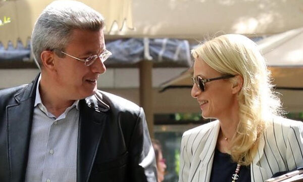 Νίκος Χατζηνικολάου: Η φώτο με τη σύζυγό του και το μήνυμα όλο νόημα (pics)