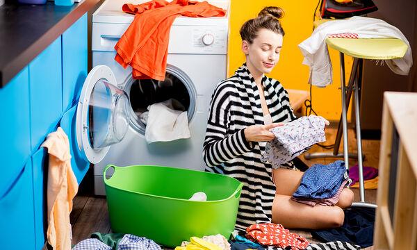 7 πράγματα που συμβαίνουν αν προσθέσετε λευκό ξύδι στο πλυντήριο ρούχων (pics)