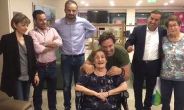 Ο Τζώρτζογλου στο Γηροκομείο: Πήρε την ευχή της μητέρας του λίγο πριν τον γάμο του (photos-video)