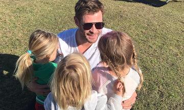Chris Hemsworth: Είναι και με αποδείξεις ο πιο τρυφερός μπαμπάς του Χόλιγουντ (pics)