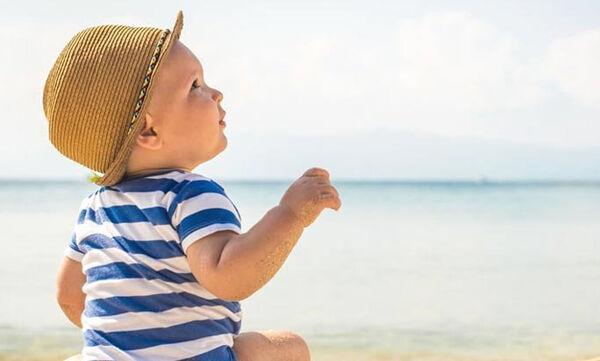 Παιδικό αντιηλιακό και αντιηλιακή προστασία για βρέφη: Όσα πρέπει να γνωρίζετε