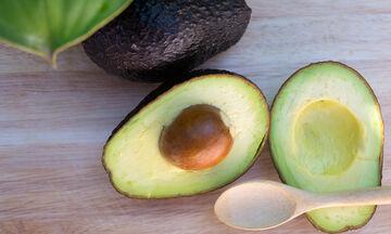 Είστε έγκυος; 12 λόγοι για να εντάξετε το αβοκάντο στη διατροφή σας (vid)