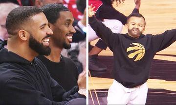 Απολαυστικός! Σταματήστε ό,τι κάνετε και δείτε τον πιτσιρικά να υποδύεται τον Drake (vid)