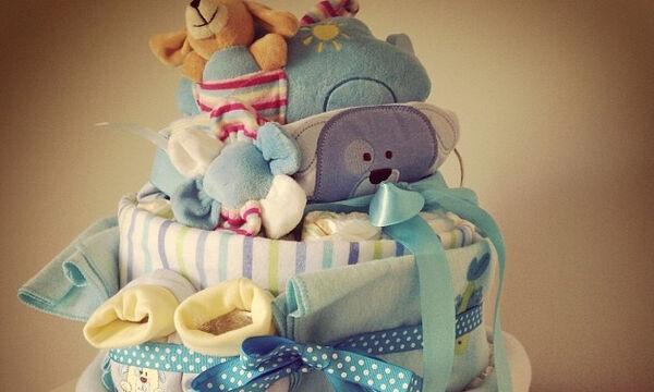Πώς θα φτιάξεις την πιο ωραία πανότουρτα για το baby shower της κολλητής σου