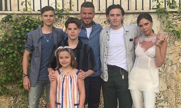 Οικογένεια Beckham: Έτσι ευχήθηκαν γονείς και αδέρφια χρόνια πολλά στην «πριγκίπισσα» Harper (pics)