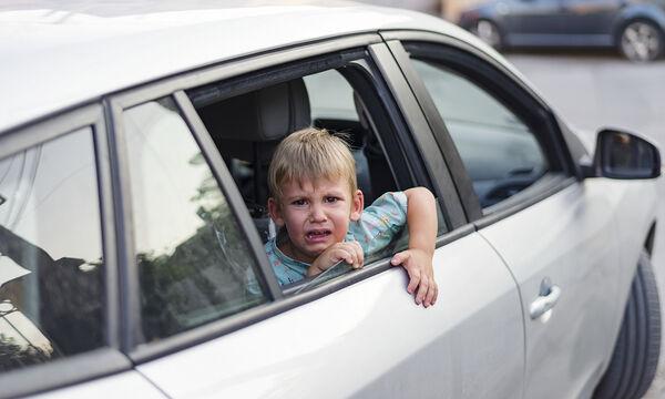 Πώς θα μάθει ένα παιδί να αποφεύγει τους αγνώστους: Το βίντεο που πρέπει να δουν όλοι οι γονείς