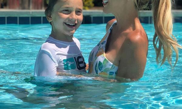 Η υπογονιμότητα, η μάχη με τον καρκίνο του μαστού και η ζωή με τον 7 ετών γιο της (pics)