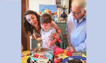 Κώστας Βουτσάς - Αλίκη Κατσαβού: Ο γιος τους έγινε 3 ετών - Δείτε φώτο από το πάρτι του (pics)