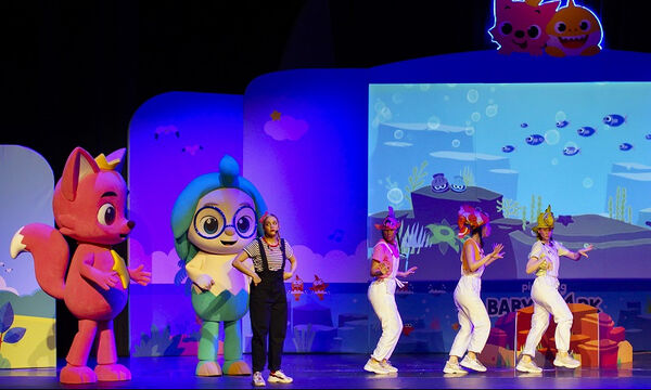 «Pink Fong Baby Shark Live Musical» στο Βεάκειο