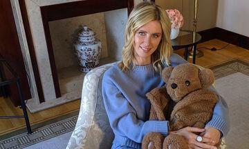 Πόσο καιρό έχεις να δεις τις κόρες της Nicky Hilton; Η σπάνια φωτογραφία στο Instagram (pics)