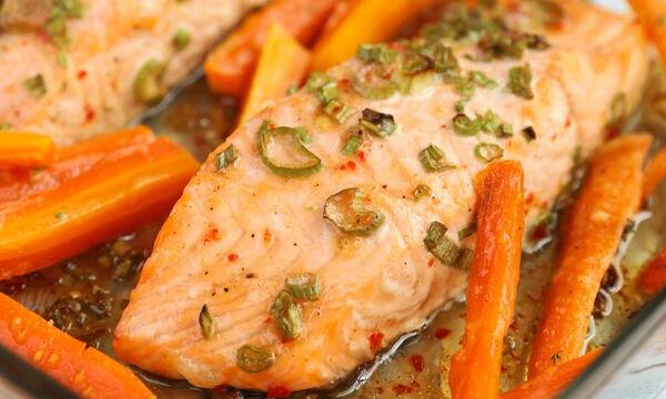 Σολομός με καρότα στο φούρνο - Μια νόστιμη και υγιεινή συνταγή