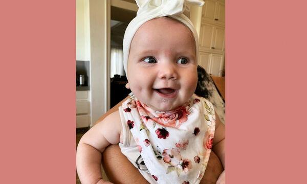 Διάσημη τραγουδίστρια ανέβασε αυτήν τη φωτογραφία της κόρης της και έριξε το Instagram (pics)