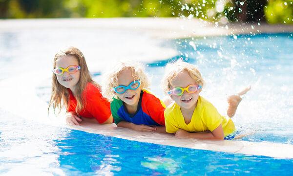 Κολυμπάμε με ασφάλεια παρέα με το Safe Water Sports