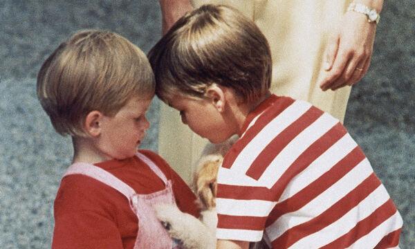 Οι καλύτερες στιγμές του πρίγκιπα William με τον αδερφό του, Harry (pics)
