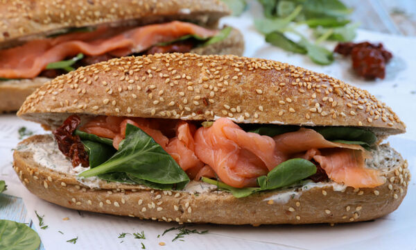Φτιάξτε κι εσείς sandwich με σολομό