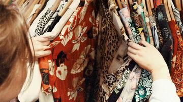 Από πού προέρχονται τα ρούχα που φοράμε;