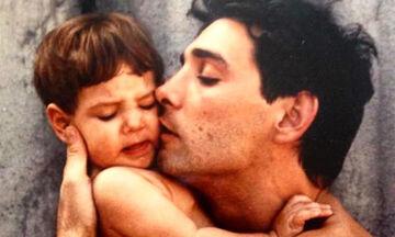 Φωτεινή Αθερίδου: Οι γλυκές φωτογραφίες από την παιδική της ηλικία που ανέβασε ο μπαμπάς της (pics)