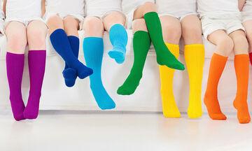 Ο σωστός τρόπος να διπλώνετε τις κάλτσες χωρίς να πιάνουν χώρο στο συρτάρι (vid)