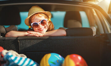 5 παιχνίδια για το παιδί μέσα στο αυτοκίνητο κατά τη διάρκεια του ταξιδιού