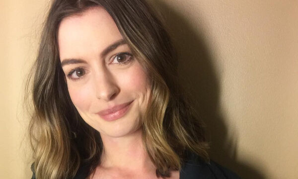 Anne Hathaway: Αυτό είναι το σπίτι της λίγο πριν γίνει μαμά για δεύτερη φορά (vid)