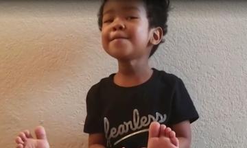 Είναι μόλις 3 ετών και δείτε τι μπορεί να κάνει - Θα πάθετε πλάκα (vid)