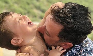Αγγελική Δαλιάνη - Μάνος Παπαγιάννης: Το καλοκαιρινό άλμπουμ των διακοπών τους με τα παιδιά (pics)