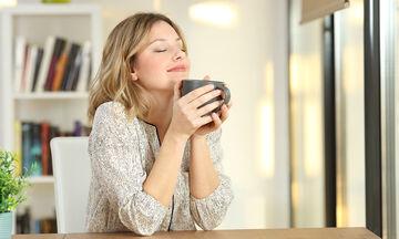 Πώς η μέθοδος «5-4-3-2-1» βοηθά να διώξετε το άγχος και να ηρεμήσετε