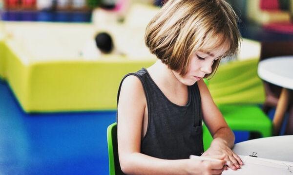 Πρώτη φορά σχολείο: Πώς θα βοηθήσεις το μικρό σου να προετοιμαστεί καταλλήλως